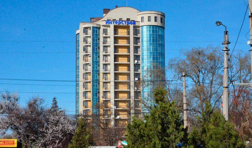 Дом со встроено – пристроенными объектами соцкультбыта по ул. Ерошенко, 9 в г. Севастополе