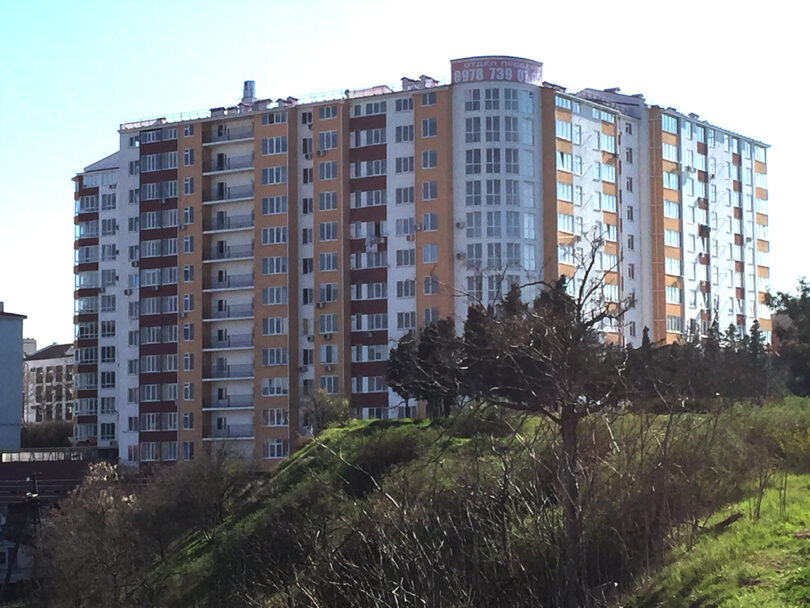 Жилой комплекс по ул. Репина, в г. Севастополь